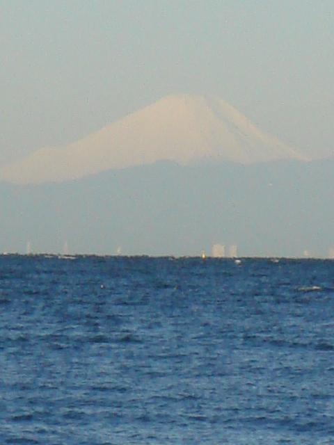 海の向こうに富士山☆